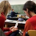Fokus Belajar; Cara Mengatasi Perselingkuhan Dalam Belajar